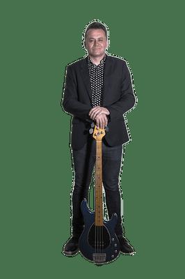 veszelka kommandó kónya csaba basszusgitár